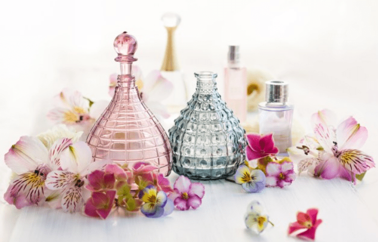 Perfume tips you need to know to make it last longer 3