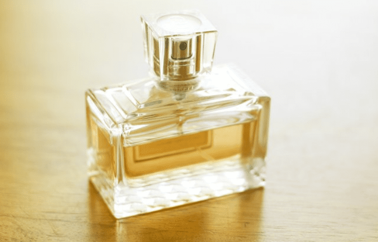 Myths and realities on expired perfumes: a complete guide 1