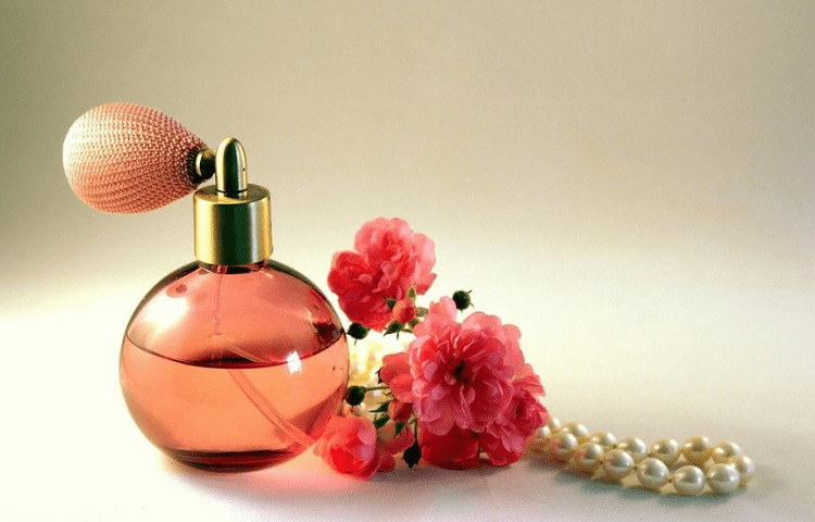 Perfume tips you need to know to make it last longer 1