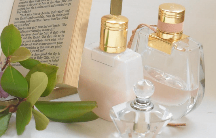 Learn now the difference between Deodorants and perfume 1