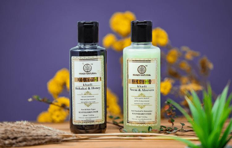 Shikakai and honey mild shampoo
