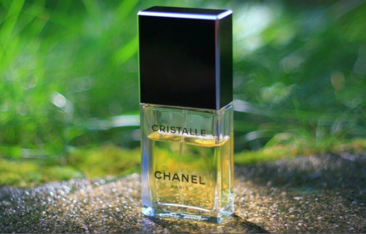 Mademoiselle, and other Chanel perfumes that you'll love 5