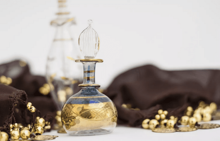 history perfume day